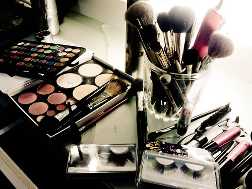Pupil to do hair and make up for Cassie (teacher) to wear throughout school day Image