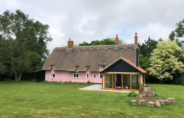 Weekend in cottage near Norfolk